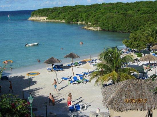 The Verandah Resort & Spa : Family Beach