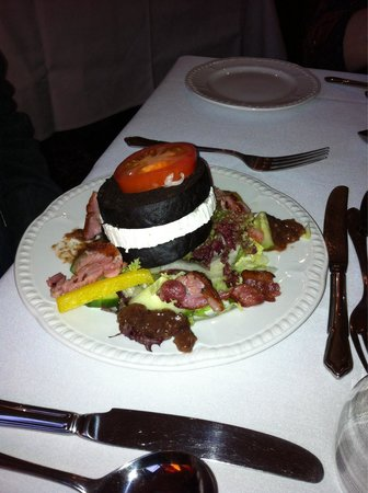 Heaves Country House Hotel: Starter - black pudding with goats cheese