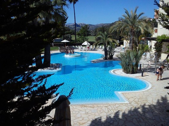 Denia La Sella Golf Resort & Spa : La piscina
