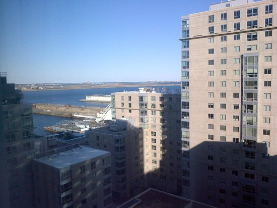 Renaissance Boston Waterfront Hotel: Harbor view