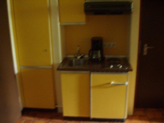 Roompot Parks- Ferienpark Hambachtal : Keukentje