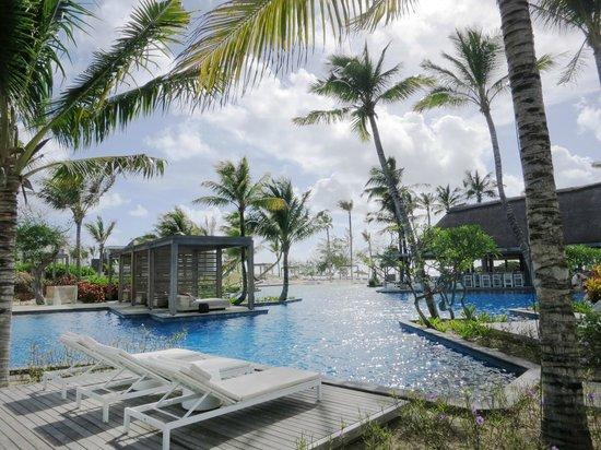 Long Beach Mauritius : 泳池