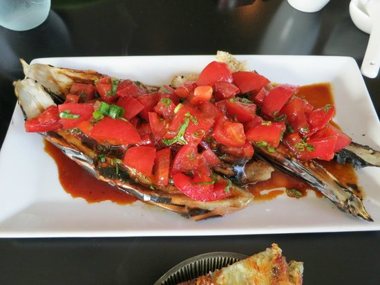 Tao Yuan: Charred eggplant with tomato