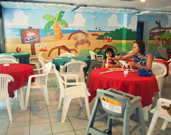 Summerville Beach Resort: Restaurante infantil