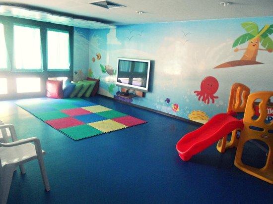 Summerville Beach Resort: Clubinho das crianças