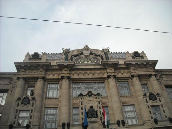Franz Liszt Academy: Outside