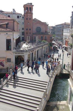Ca' Gottardi: Blick auf die Strada Nova
