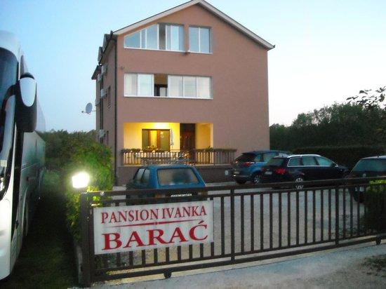 Pansion Ivanka Barac : La pensione di primo mattino.