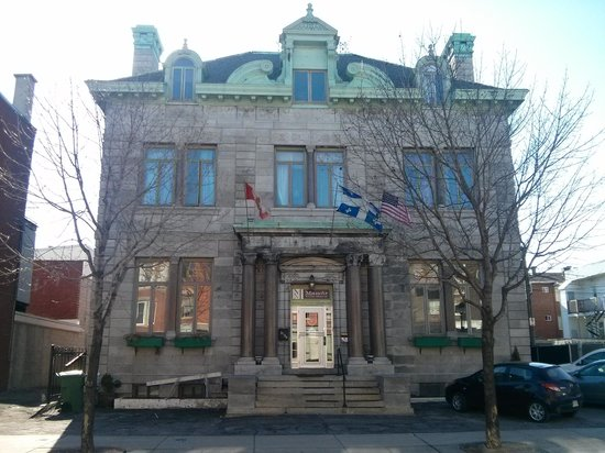 Auberge Manoir Ville-Marie: vue en façade