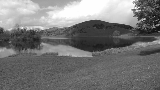 Lough Gur Visitor Centre: lake view black and white