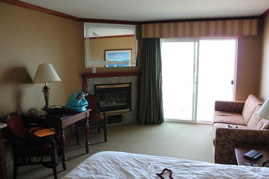 Elizabeth Oceanfront Suites: Nice Room
