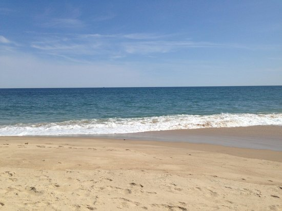 Beachcomber Resort At Montauk : Our beautiful spot on the beach