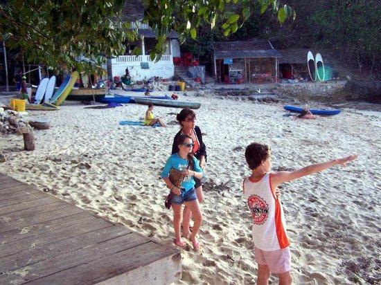 Lembongan Cliff Villas: Song lembong beach