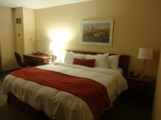 Delta St. John's Hotel and Conference Centre: Comfy bed