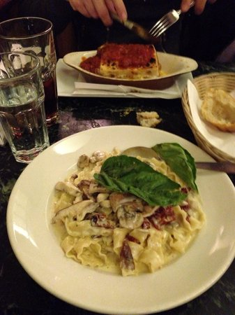 Angelo's Pizza : Lasagnes et pâtes