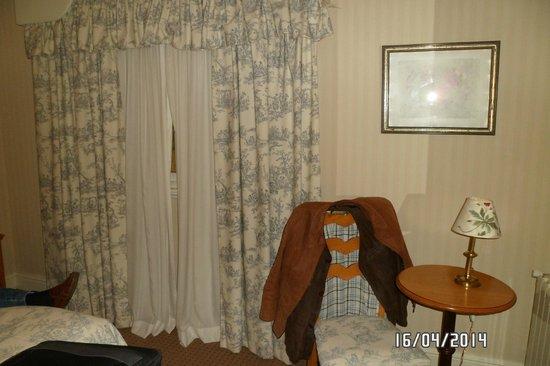 Quijote Hotel: Habitacion doble matrimonial.PB