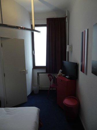 Hotel Siru: Bedroom 2