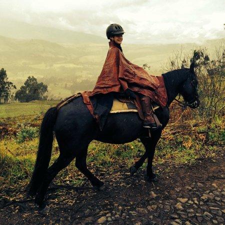 Hacienda Zuleta: Best rain ponchos on horseback