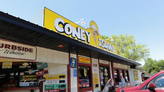 "Coney Island Drive-Inn: Get yer ""hot dogs here""!"