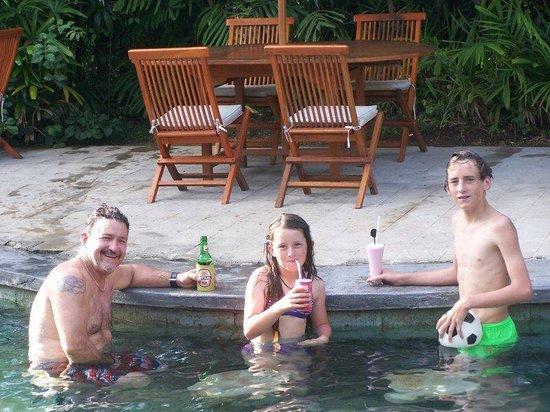 Hotel Puri Cendana: in the pool