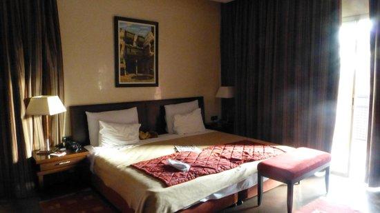 SENTIDO Kenzi Menara Palace : Très belle chambre