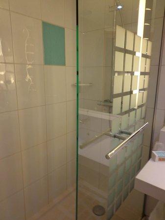 Novotel Liverpool : Baño