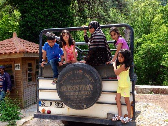 Jeep Safari / Private Daily Tours: Kids had fun