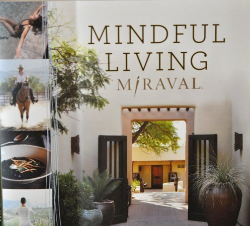 Miraval Arizona Resort & Spa : Mindful Living Book