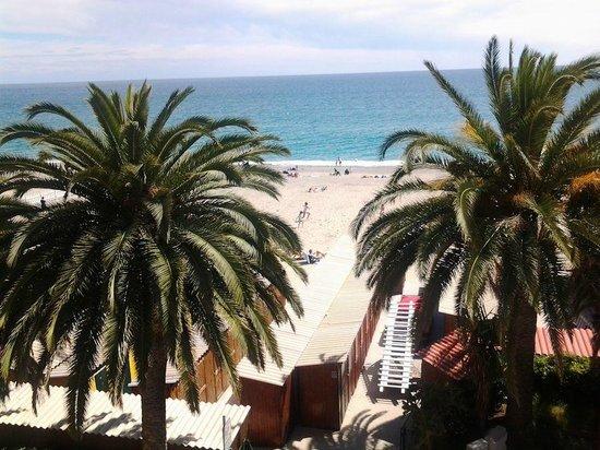 Boncardo Hotel: Vista della spiaggia dal balcone