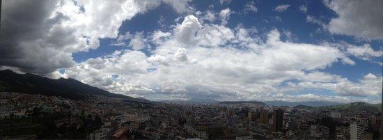 Basílica: Vista de Quito desde la torre