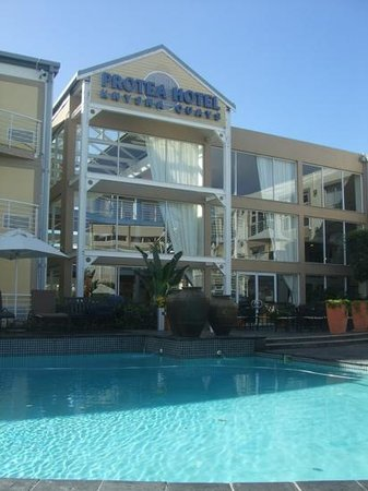 Protea Hotel by Marriott Knysna Quays: pool area