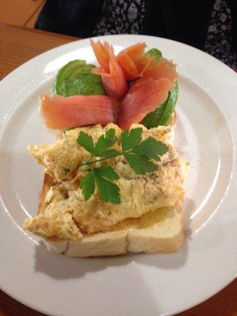 Wattle Cafe: Salmon brekkie