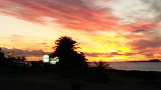 Playa Mansa: por do sol