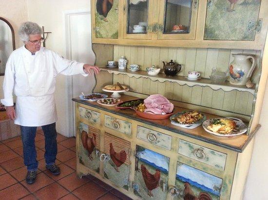 Azure Gate Bed and Breakfast : Easter Brunch Presented by Dennis