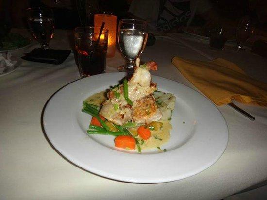 Bedarra Beach Inn: Dinner at the Bedarra