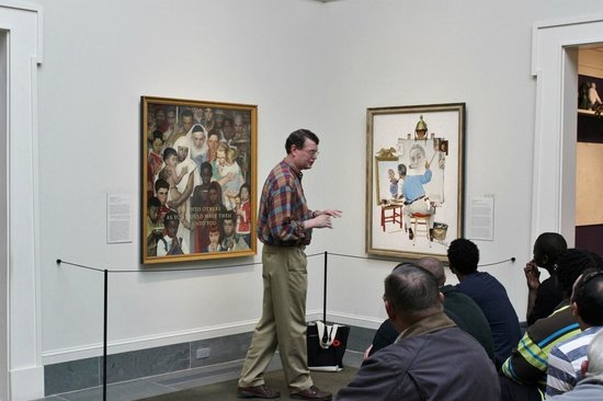 Norman Rockwell Museum : Explaining a painting to museum visitors, Oct 2013