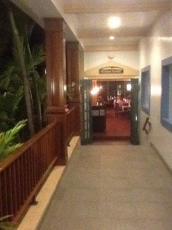St. James's Club & Villas : resturant
