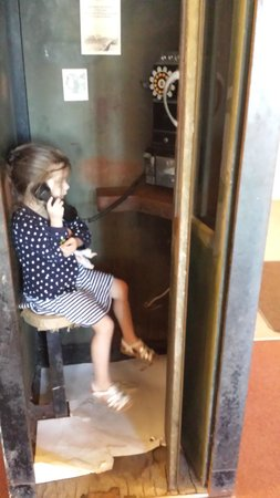 Luther Hotel : An old phone booth