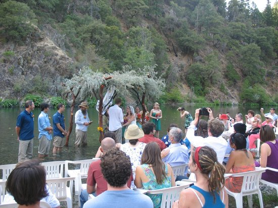 Big Bar, Kalifornien: River Wedding