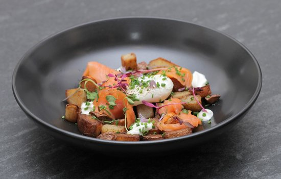 Inn on Randolph: Smoked salmon hash