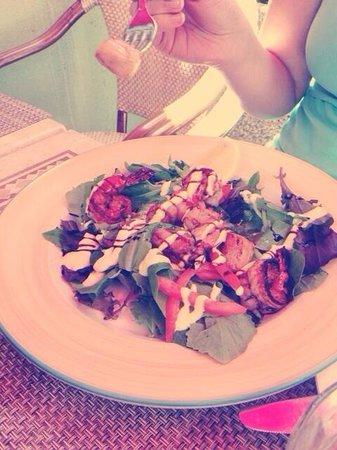 La Trattoria: Shrimp and scallops salad