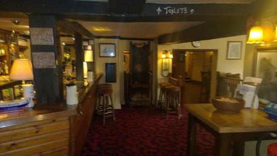 Fisherman's Haunt Hotel: Bar area