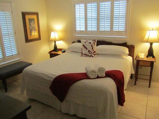 Royal West Indies Resort : 1BR unit, bedroom from door
