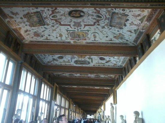 Galerie des Offices : Acho que todos que já foram aí, teem essa foto...