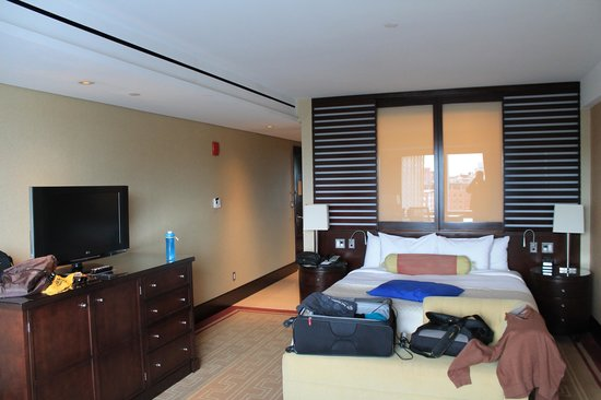 InterContinental Boston: King Waterview Room