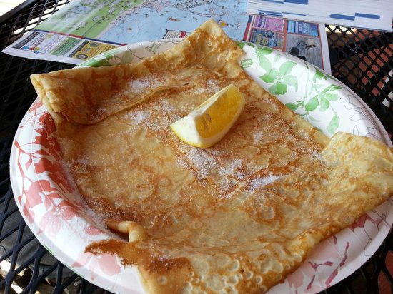 Crepes of Brittany: Sugar lemon Crêpe