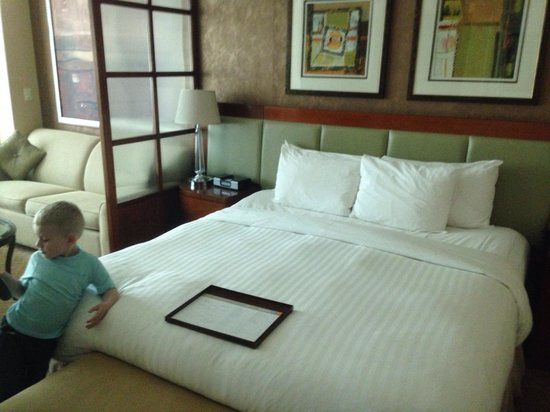Signature at MGM Grand : Nice comfy bed