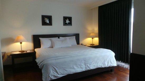 Oasis Atjeh Hotel: bedroom