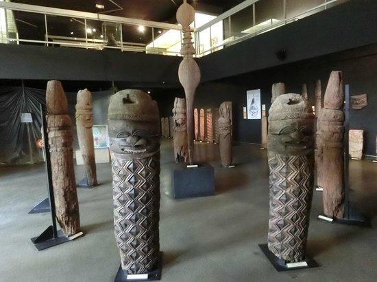 Musee de Nouvelle Caledonie: 1階の展示品