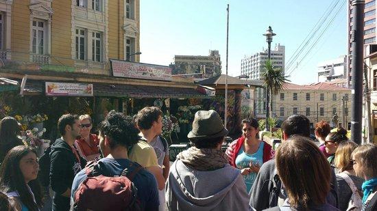 Tours 4 Tips: Marcia dandonos algunos tips sobre donde comer en Valparaiso